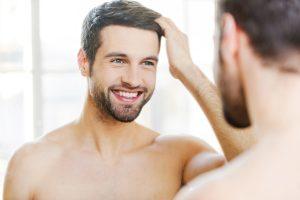 modelowanie męskich fryzur