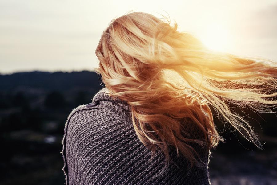 Jak temperatura wpływa na włosy