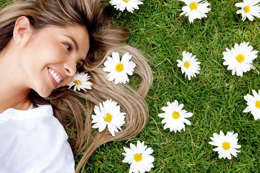 Ziołowe terapie wzmacniające włosy
