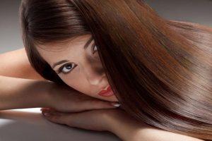 Laminowanie włosów – w domu czy u fryzjera