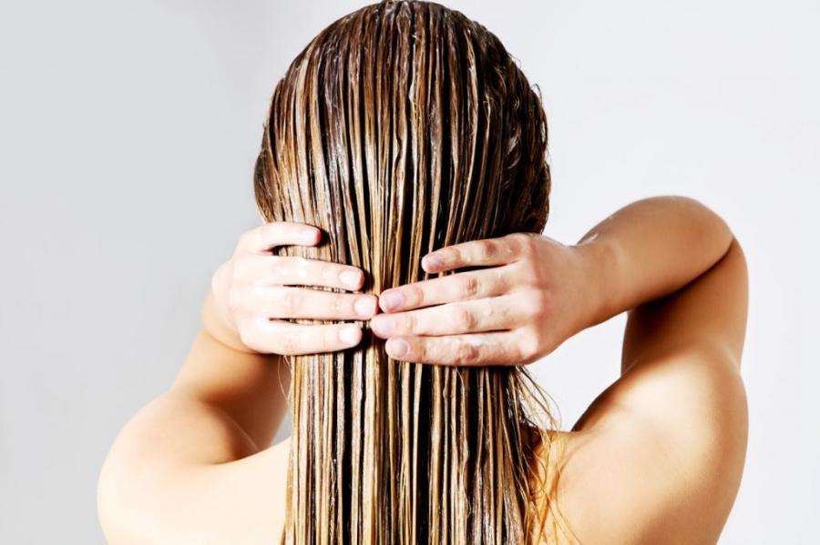 Humektanty, emolienty, proteiny – czego potrzebują Twoje włosy