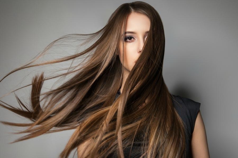 Mocznik w pielęgnacji włosów
