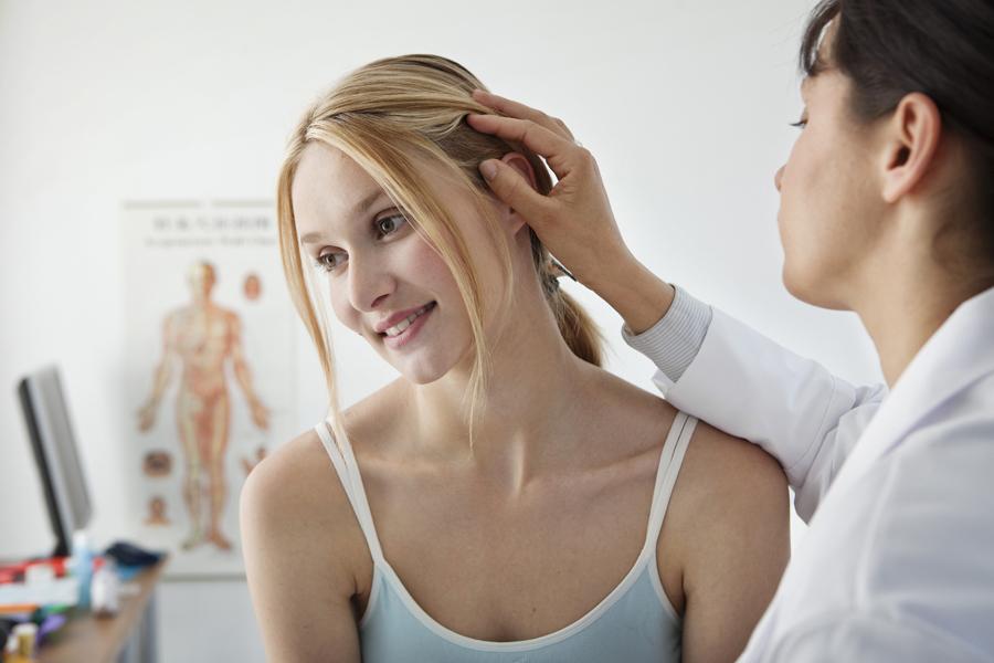 przyczyny wypadania włosów hormony